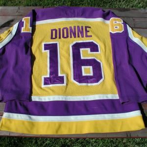 Dionne front